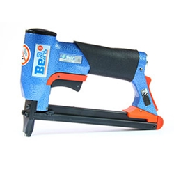 BeA 71/16-421S 22 Gauge Pneumatic Upholstery Stapler with Safety